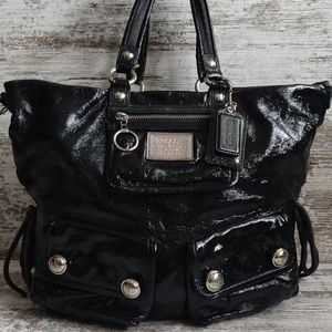 🔴Coach Poppy Textured Black Patent Hobo